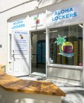 exterior photo of Aloha Lockers at the Moana Surfrider